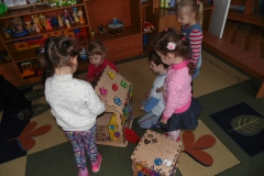 Бизикуб и Бизидом в детском саду 2
